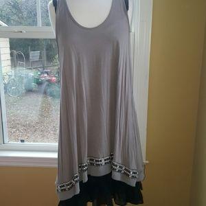 Kenar dress w/Pyu dress extender. Sz Med